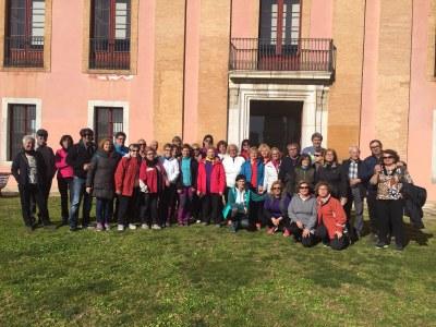 """Èxit de participació en la caminada a """"A cent cap als 100"""" a Vilanova i la Geltrú"""