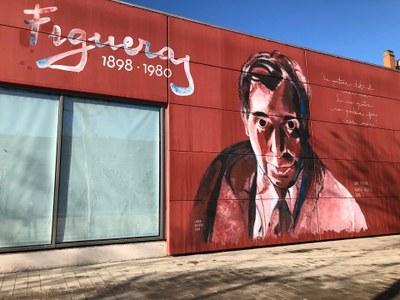 Finalitzen els treballs de pintura del mural d'Alfred Figueras a la paret exterior del Nexe