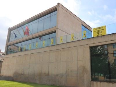 El Ple de l'Ajuntament de Sant Fruitós Bages aprova lluir estelades i llaços grocs en places i edificis públics