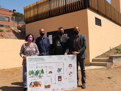El president d'Acció Climàtica de la Diputació visita la caldera de biomassa de l'escola Monsenyor Gibert