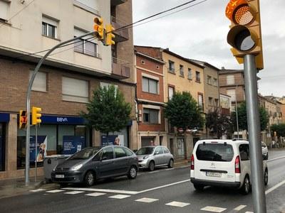 Entra en funcionament el nou semàfor a la carretera de Vic a l'alçada del carrer Lluís Castells