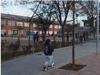 L'Ajuntament de Sant Fruitós de Bages reforça les entrades i sortides a les escoles amb la presència d'agents cívics