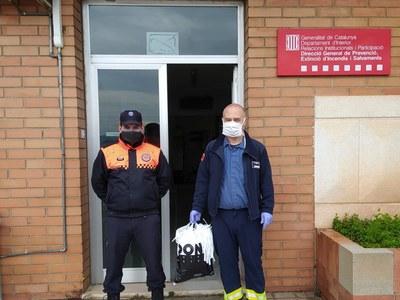L'Ajuntament de Sant Fruitós de Bages reparteix gairebé un miler de mascaretes a través dels voluntaris de Protecció Civil