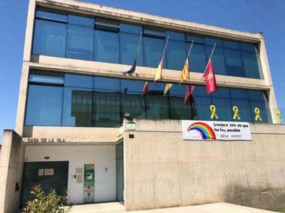L'Ajuntament de Sant Fruitós de Bages se suma als 10 dies de dol per les víctimes de la Covid-19