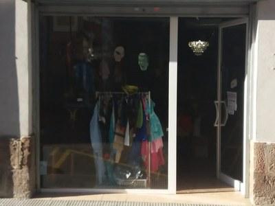 La nova entitat El Rober parroquial gestiona la botiga de segona mà del municipi