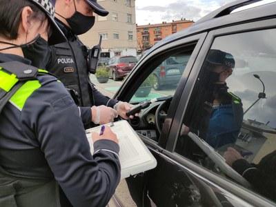 La Policia Local de Sant Fruitós de Bages realitza una campanya per tal de controlar el consum d'alcohol i drogues al volant