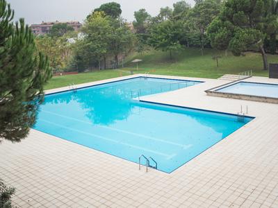 L'Ajuntament de Sant Fruitós de Bages ofereix 2 llocs de treball com a agent cívic a les piscines municipals