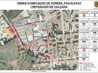 L'avinguda Girona de sortida del poble queda tallada cap a la carretera de Berga