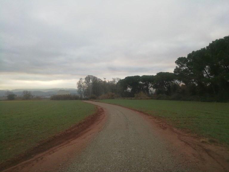 Tram de vial entre l'aeròdrom i el polígon de Santa Anna