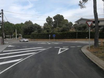 S'apliquen les noves mesures pactades amb els veïns per la reordenació del trànsit a Pineda de Bages