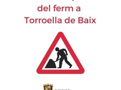 Treballs de reparació del ferm a Torroella de Baix